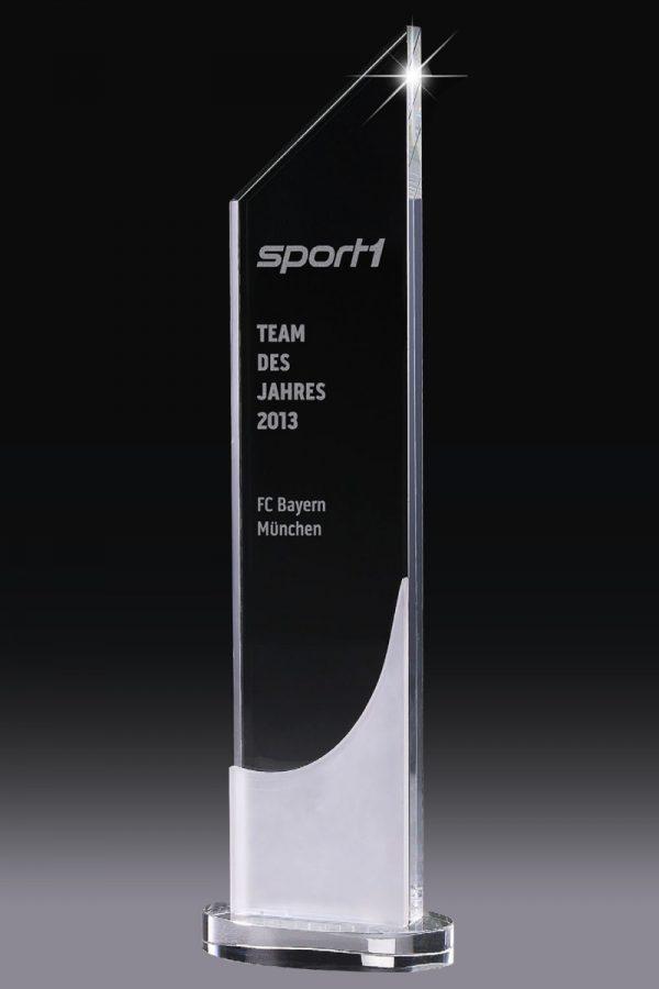 Glaspokal mit Gravur online kaufen High Tower Award